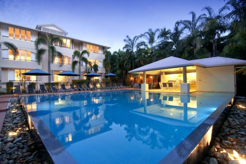 Cayman Villas Port Douglas 3