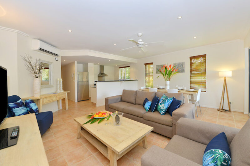 Cayman Villas Port Douglas 4