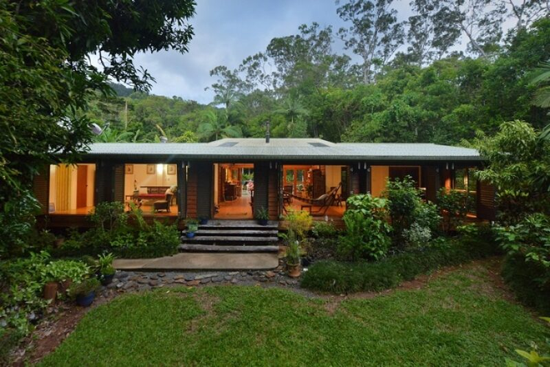 Best family friendly accommodation in Port douglas Daintree at Cow Bay Homestay in the Daintree