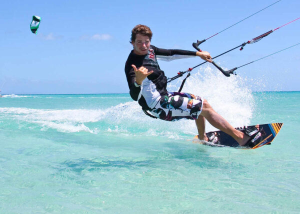 Windswell Kite Surfing