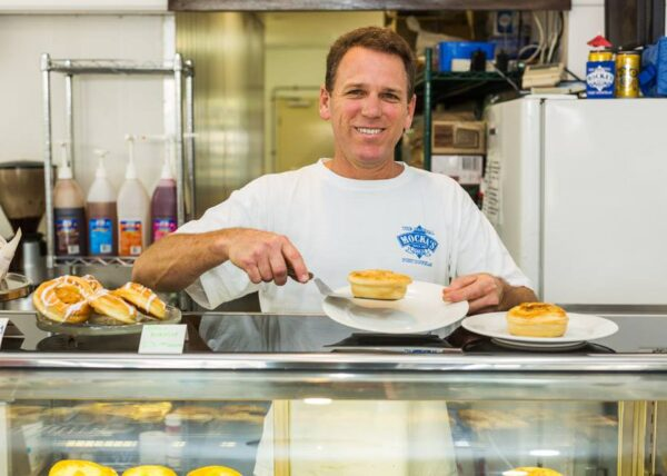 Port Douglas restaurants Mockas Pies