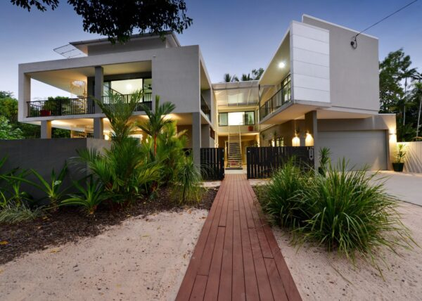Port Douglas Beach House Image 1